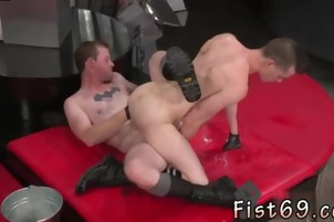 Ass gay porn bubble ass In an acrobatic 69, Axel Abysse