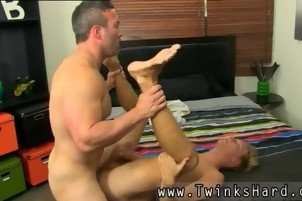 Gay sexyer than 1 porn xxx Even straight muscle fellows